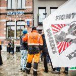 Havenarbeiders staken om vakbonden wakker te schudden