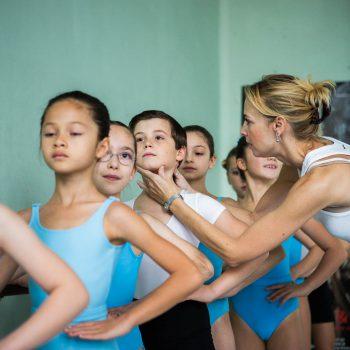 Balletschool Prins Dries : jonge balletdansertjes bij juf Linda